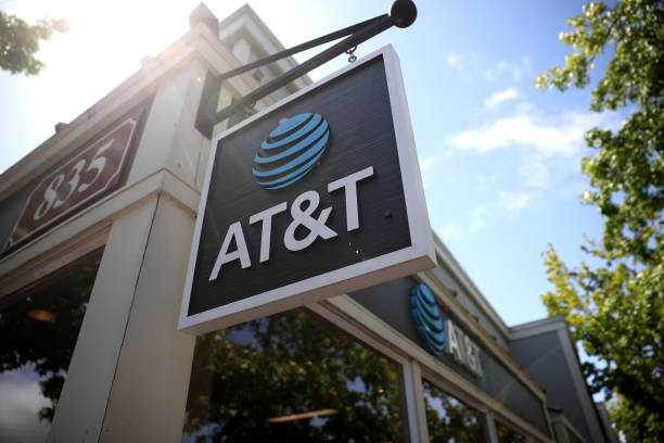 CA: AT&T To Merge Warner Media With Discovery