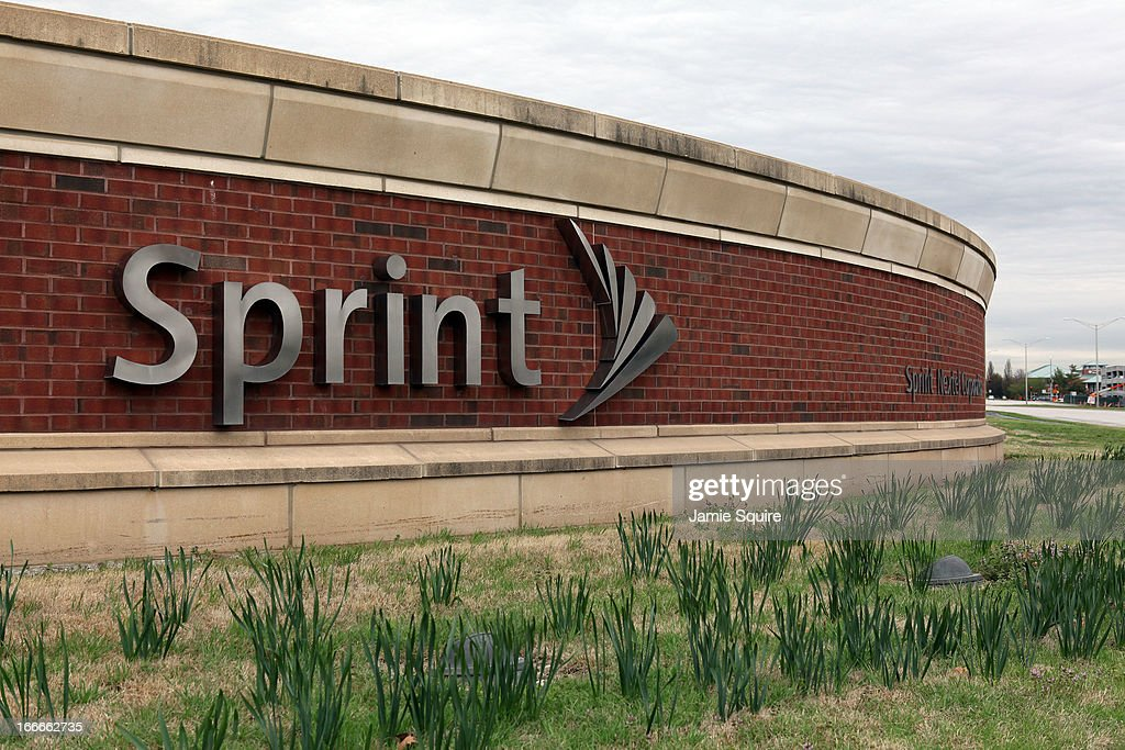 Dish Network Makes $25.5 Billion Offer For Sprint Nextel : News Photo