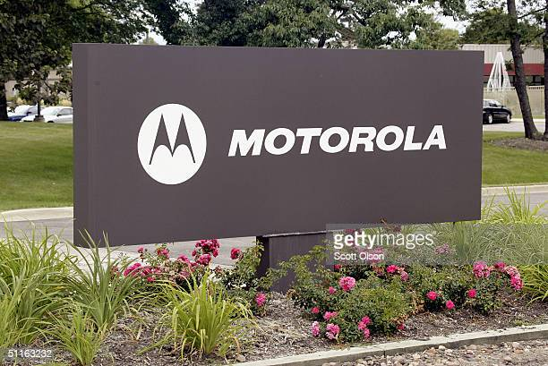 A sign marks the corporate headquarters of Motorola Inc August 12 2004 in Schaumburg Illinois The Internal Revenue Service claims the electronics...