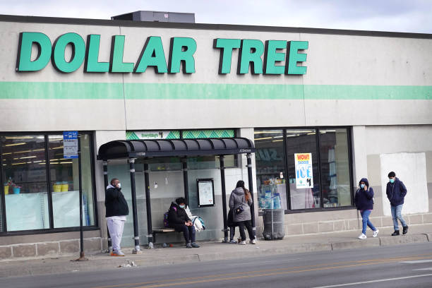 IL: Dollar Tree Stores To Add Hundreds Of New Locations Throughout U.S. This Year