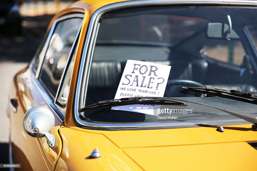 For Sale Sign On A Classic Car Window Stock Photo Getty Images