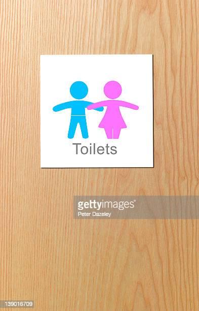 Sign on children's toilet door