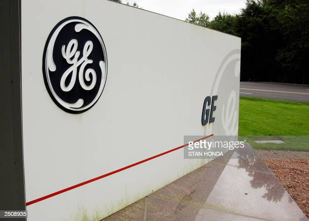Sign outside the corporate headquarters of the General Electric company, 18 September in Fairfield, Connecticut. AFP PHOTO/Stan HONDA