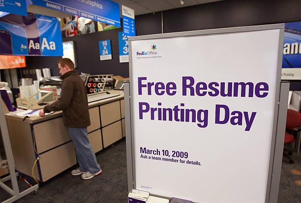 job seekers take advantage of free resume printing offer photos