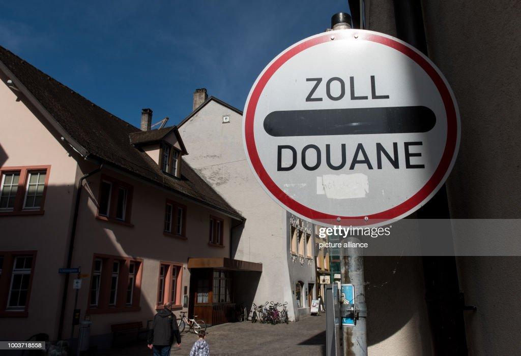 A Sign Reading U0027Zoll/Douaneu0027 (lit. U0027Customsu0027) Can