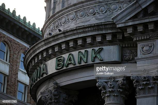 A sign remains on the exterior of a shuttered Hibernia Bank on December 3 2013 in San Francisco California According to the Federal Deposit Insurance...