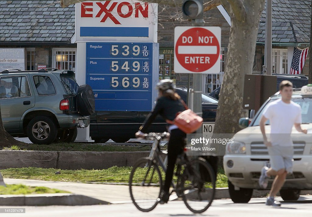Gas Prices Continue To Rise Beyond Past Seasonal Highs : News Photo