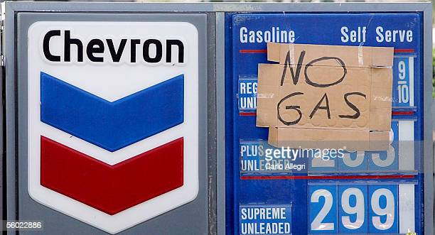 A sign that reads' No Gas' hangs on a Chevron gas station in South Florida that had no power to pump gas October 27 2005 in Ft Lauderdale Florida...