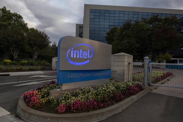CA: Intel Headquarters Ahead Of Earnings Figures