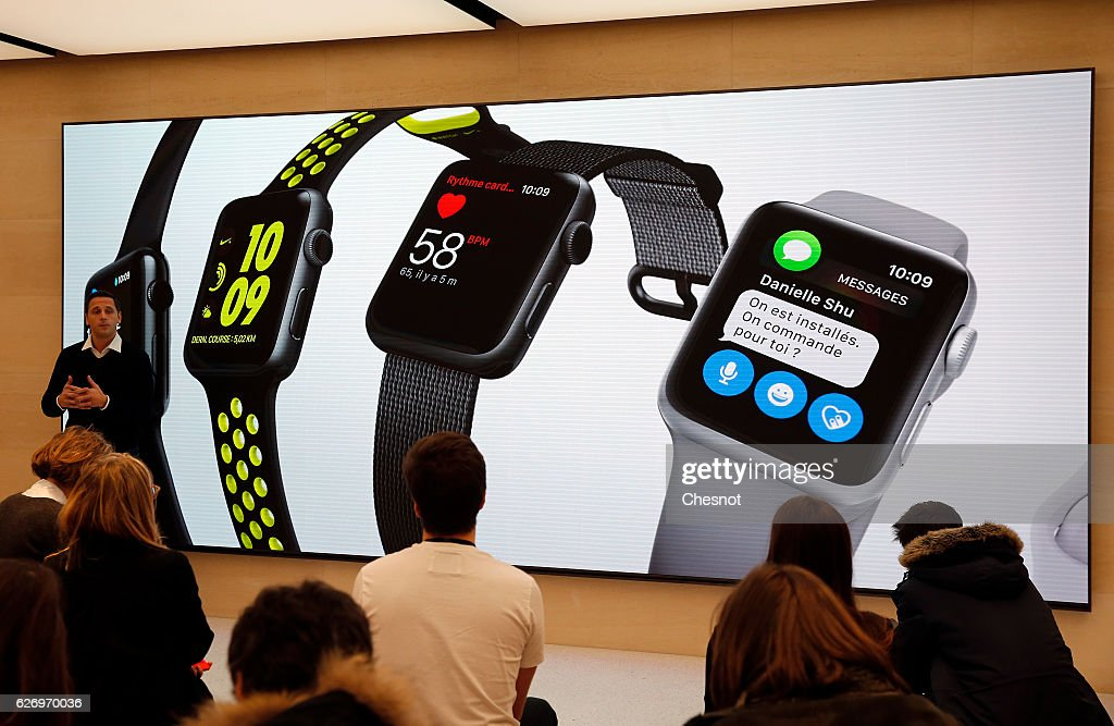 Apple : Press Day In Paris