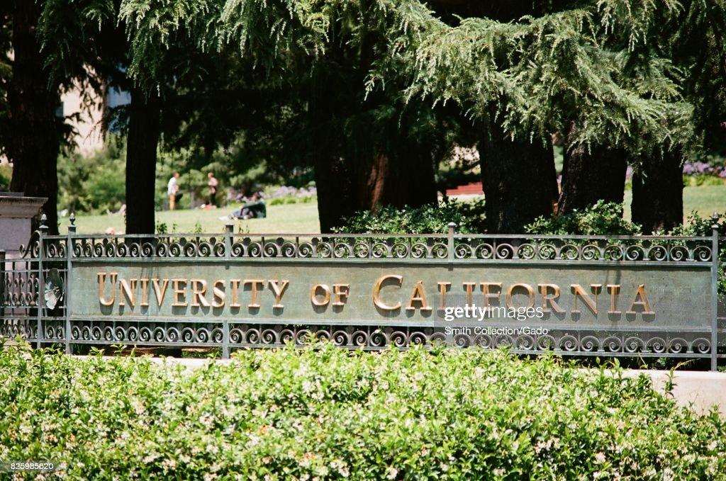 UC Berkeley : News Photo
