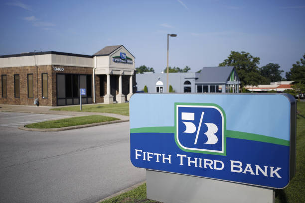 KY: A Fifth Third Bancorp Location Ahead Of Earnings Figures