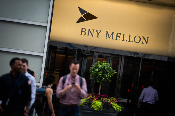 NY: A Bank of New York Mellon Office Location Ahead Of Earns