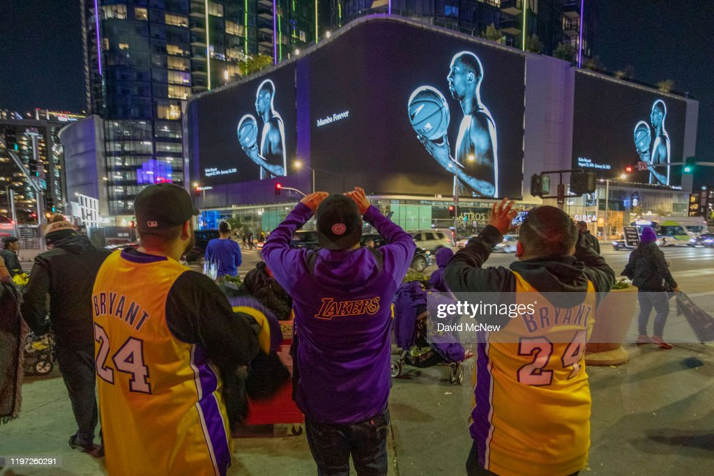 Fans Continue To Pay Respects To Kobe Bryant At Memorial Outside Of Staples Center : News Photo