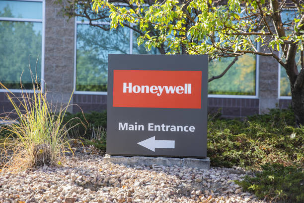CO: Honeywell Takes Tiny Steps Toward a Quantum Leap in Computing