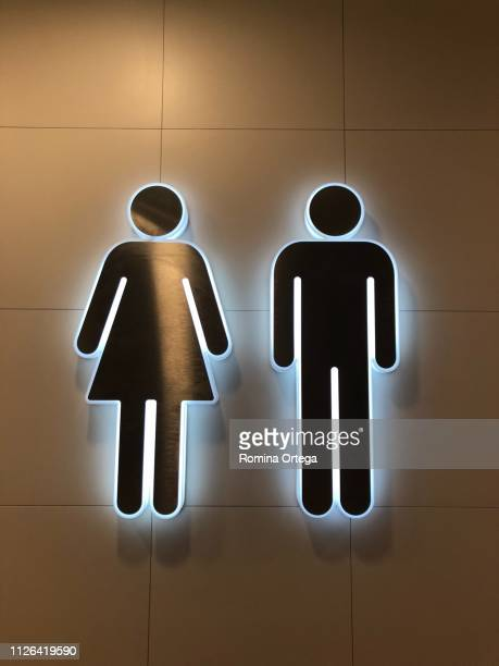 signal bathrooms - símbolo stock photos and pictures