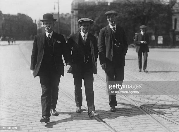 Signalman James Tinsley and two witnesses attend the inquiry into the Quintinshill rail disaster in Scotland, May 1915. The accident occurred on 22nd...