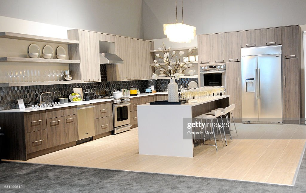 Signature Kitchen Suite at the 2017 Kitchen and Bath ...