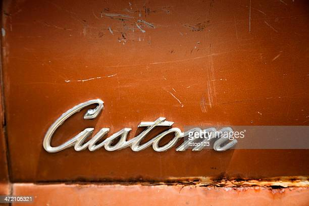 signs: 'custom' sign on old car in flea market. - customized stock pictures, royalty-free photos & images