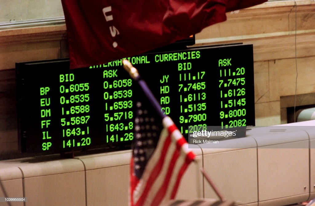 Signs of currency rates at the new york stock exchange pictures