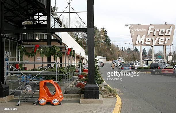 signs of the christmas season are evident at a fred meyer re pictures getty images - Fred Meyer Hours Christmas