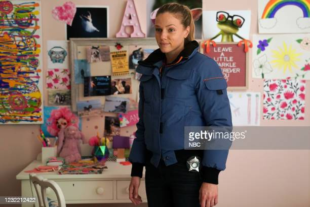 """Signs Of Violence"""" Episode 811 -- Pictured: Tracy Spiridakos as Hailey Upton --"""