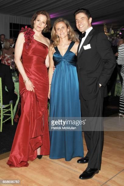Sigourney Weaver AnneSophie de Narp and Frederic de Narp attend THE NEW YORK BOTANICAL GARDEN 2009 Conservatory Ball at The New York Botanical Garden...