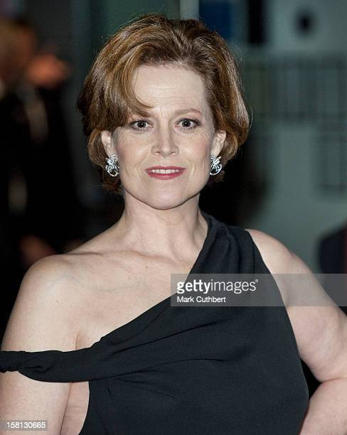 Sigourney Weaver Arrives For The World Premiere Of Avatar At The Odeon Leicester Square London