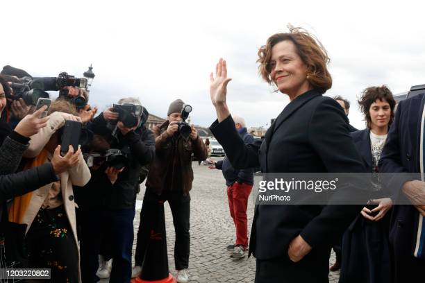 Sigourney Weaver attends the Dior show during Paris Fashion Week Womenswear Fall/Winter 2020/2021 on February 25 2020 in Paris France