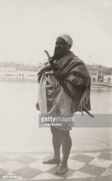 A Sikh man India circa 1925