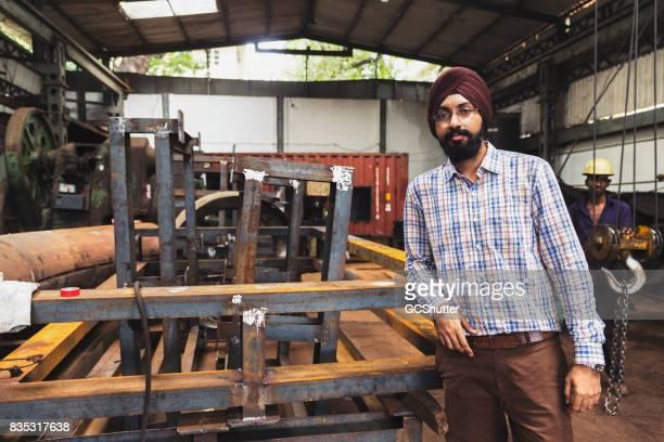 Sikh Gerente de una fábrica de molino de acero India