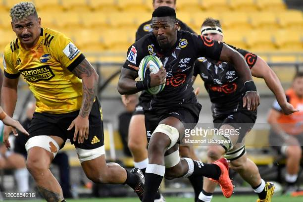 Sikhumbuzo Notshe of the Sharks during the round 3 Super Rugby match between the Hurricanes and the Sharks at Westpac Stadium on February 15, 2020 in...
