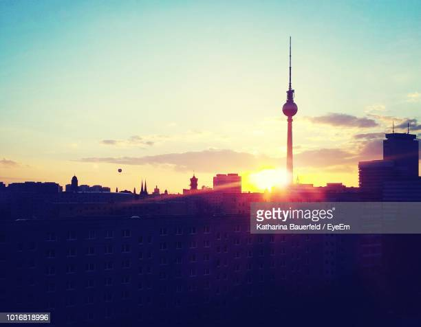 silhouette landscape at sunset - eyeem stock pictures, royalty-free photos & images