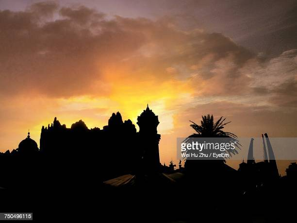 silhouette of building during sunset - changzhou stock pictures, royalty-free photos & images