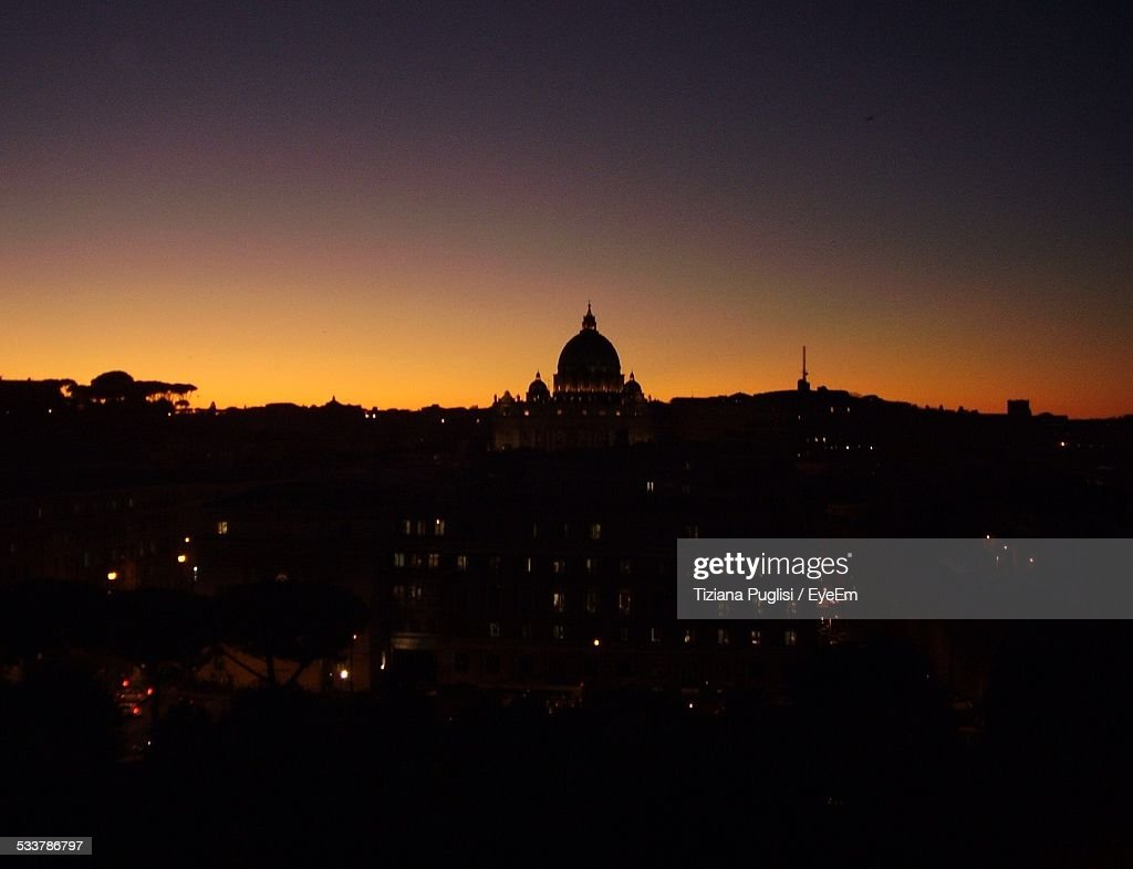 Silhouette Of Cathedral : Foto stock