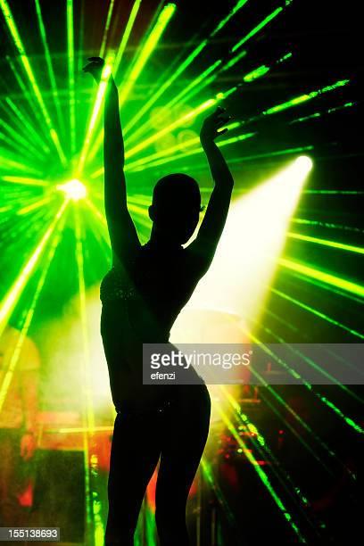 Silhouette der Tänzerin