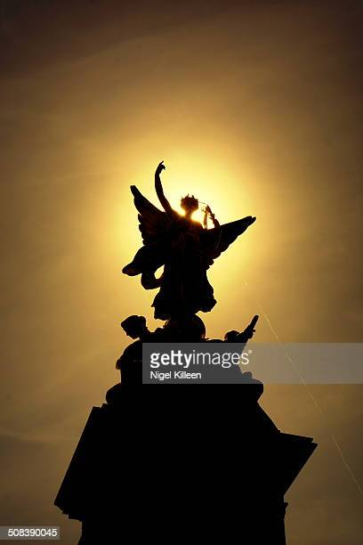 CONTENT] Silhouette of Queen Victoria memorial statue at Buckingham Palace City of Westminster London