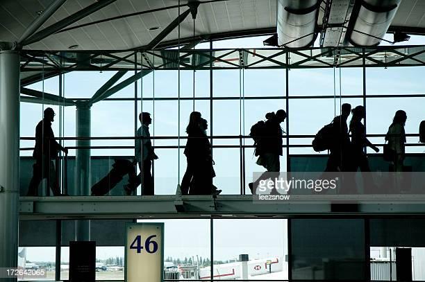 Siluetas en el aeropuerto