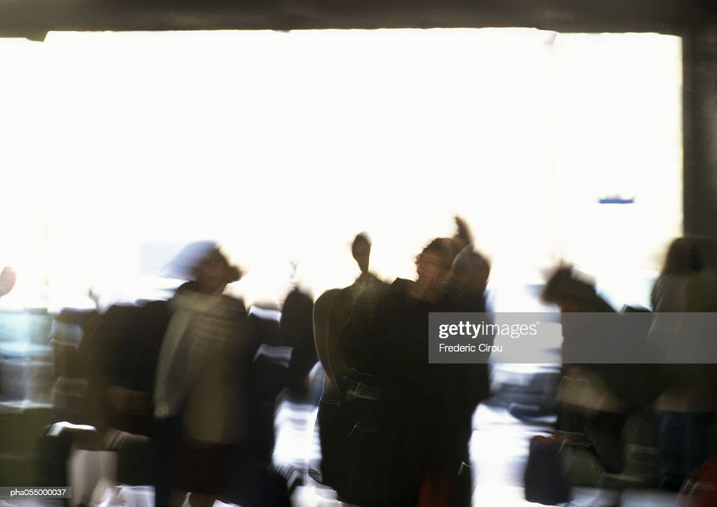 Silhouettes of people, blurred : Stockfoto