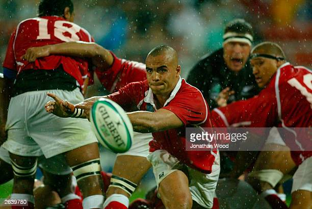 Sililo Martens of Tonga in action during the Rugby World Cup Pool D match between New Zealand and Tonga at Suncorp Stadium October 24 2003 in...