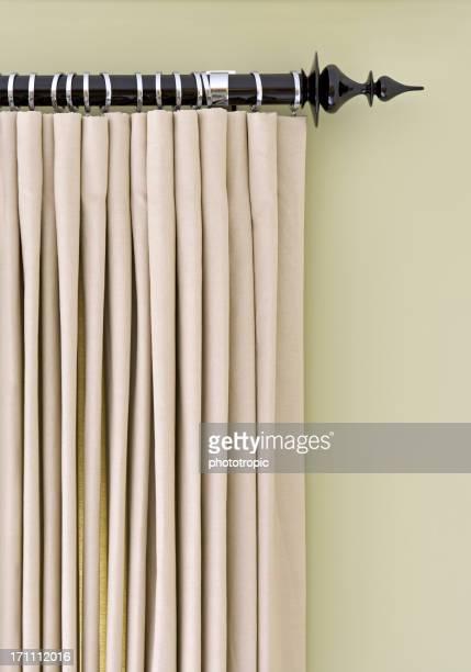 Cortinas de seda y polos
