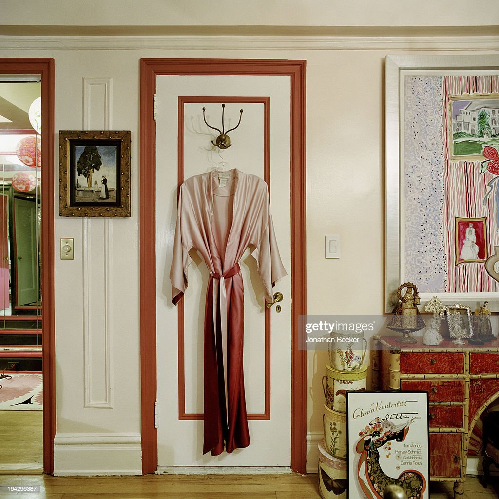 Gloria Vanderbilt, Town & Country, January 1, 2013 : News Photo