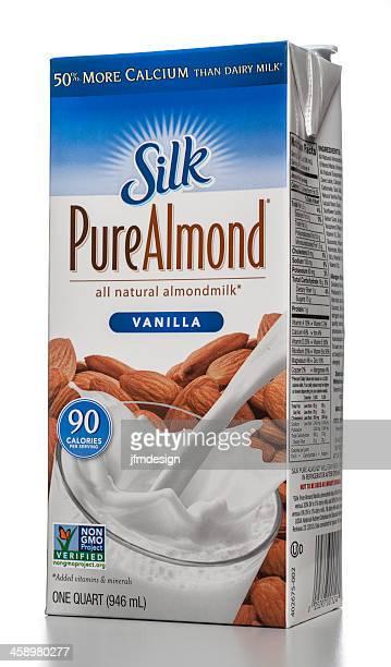 Silk Pure Almond vainilla cartón de leche