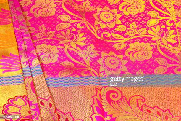 silk sari - floral pattern dress photos et images de collection