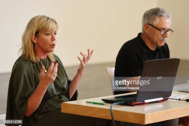 Silke Selinger, expert Expertin federal centre of health and exessive media use and Harald Schmid, former athlete of atheltics and olympic champion...