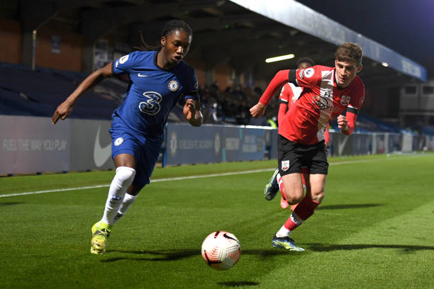 Silko Thomas of Chelsea runs down the wing with the ball during the Chelsea v Southampton Premier League 2 match at Kingsmeadow on April 12, 2021 in...