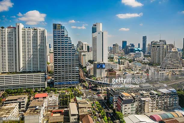 silom road in bangkok - シーロム ストックフォトと画像