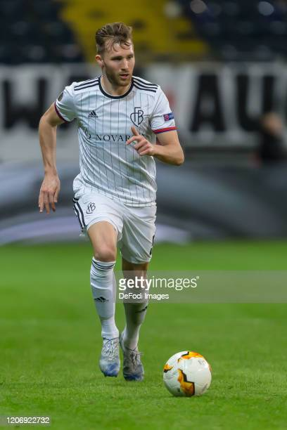 Silvan Widmer of FC Basel 1893 controls the Ball during the UEFA Europa League round of 16 first leg match between Eintracht Frankfurt and FC Basel...