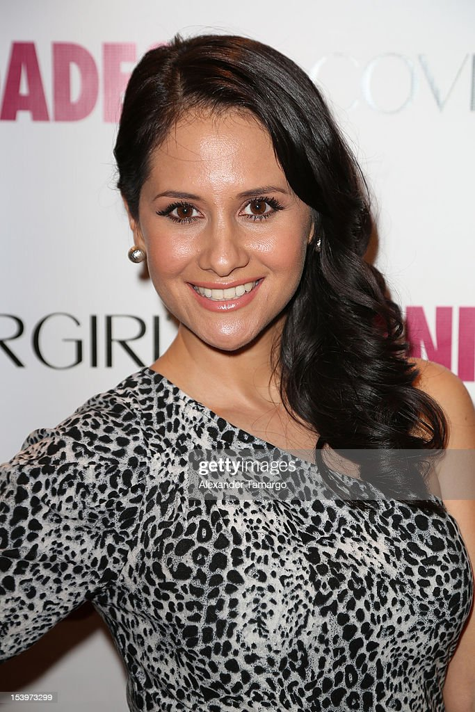 http://media.gettyimages.com/photos/silvana-arias-attends-vanidades-magazines-magia-de-la-moda-2012-by-picture-id153973299