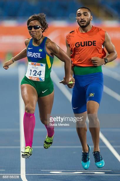Silvania Costa de Oliveira competes the Women's 200m T11 Final during the Paralympics Athletics Grand Prix Aquece Rio Test Event for the Rio 2016...